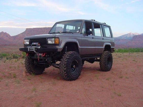 isuzu trooper maybe this is what i should do with my old trooper just some cool rides pinterest. Black Bedroom Furniture Sets. Home Design Ideas