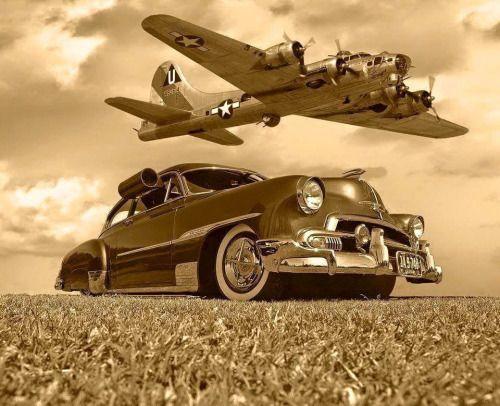 Aviation Pin Ups