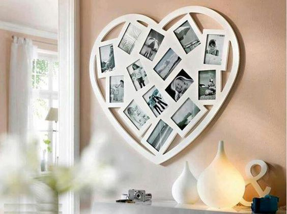 Does anyone know where I could find this frame?  I need it for a holiday gift...