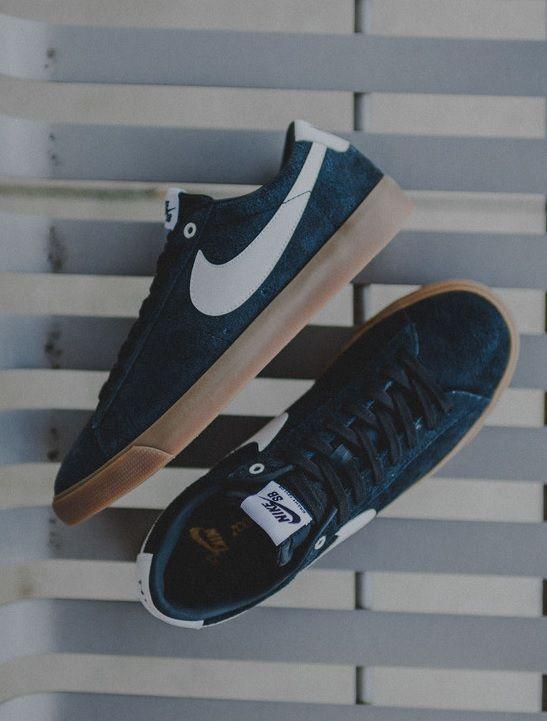 Nike Blazer Low GT: Navy/White/Gum