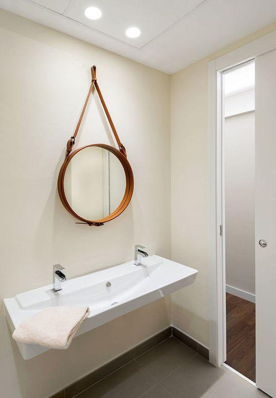 Baños Estilo Ajedrez:Espejos circulares