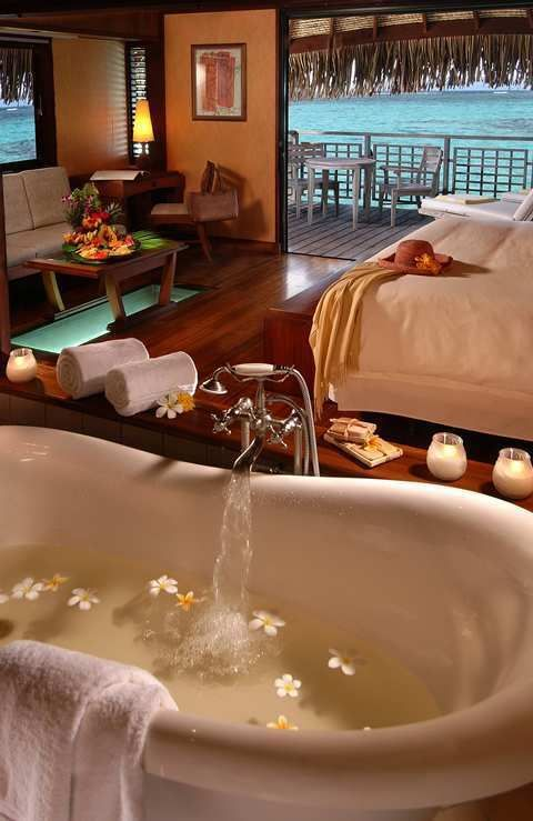 What a South Pacific romantic getaway! Hilton Moorea Lagoon Resort & Spa in Moorea, French Polynesia
