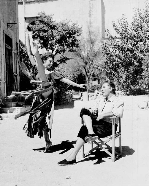 Errol Flynn behind the scenes - The Master of Ballantrae #ErrolFlynn