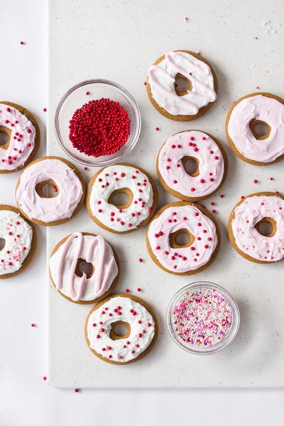 gingerbread donut cookies
