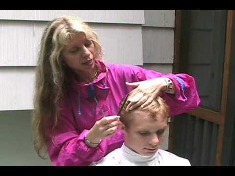Part 1 of how to cut boys or mens hair, best tutorial I have found--works fab for Daniel.