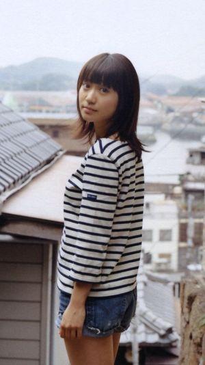 ボーダートップスの大島優子