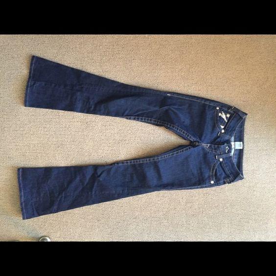 True Religion Barely worn. Great condition. True Religion Jeans Flare & Wide Leg
