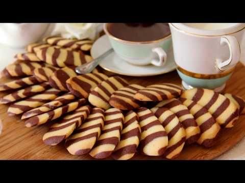 الحلوة المخططة لقهوة الصباح الم تري مثل طريقة تشكيلها في أي مكان بكأسين دقيق بلا زيت لاخميرة Youtube Food Breakfast Almond