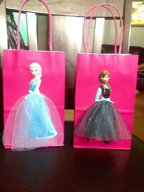 Frozen Disney Princesses Elsa and Anna 6 by FantastikCreations, $15.00