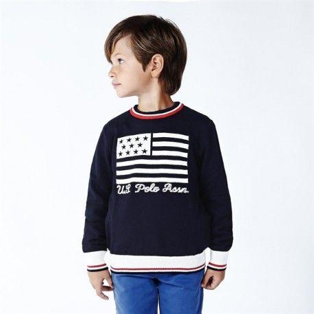 MAGLIONCINO BIMBO U.S.POLO ASSN KIDS Maglioncino per bambino della U.S.Polo Assn Kids in cotone e cashmere, girocollo, stampa frontale ricamata. Maglioncino U.S.Polo Assn Kids da indossare con un pantalone e un paio di sneakers per un outfit casual. #uspolo #abbigliamento #vestiti #baby #bambini #bimbi #neonati #babyboy #boy #sweaters #maglie #moda #fashion #kids #junior