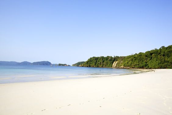 Most people have not yet noticed that Myanmar has some of the most beautiful beaches and islands in all of Asia. Here's a list of some places you should know when you are planning your next trip to Myanmar. And you will have most of these spots all to yourself! 1. Kyun Phi Lar Sometimes also called Pilar, this is definitely our favourite island in Myanmar's beautiful Mergui Archipelago. The long white beaches stretch for kilometers without a footprint in the sand. We frequently se...
