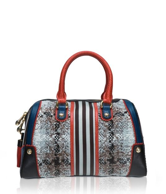 Love the slight touch of coral and the slight branding touch with the brow stripes in this barrel form Bendel's