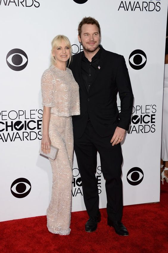 Anna Faris and Chris Pratt attend The 40th Annual People's Choice Awards #redcarpet