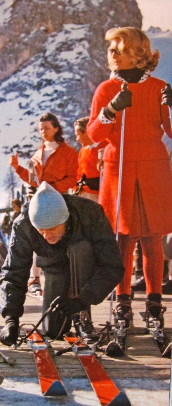ski skirt- That has   ski skirt- That has to be chilly!  #fashion   #skifashion   #helmethuggers