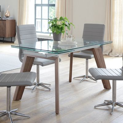 Take A Look To Some Glass Dining Tables And Get Inspired To Improve Your Dining Room Decoratio 8 Seater Dining Table Dining Table Extendable Glass Dining Table