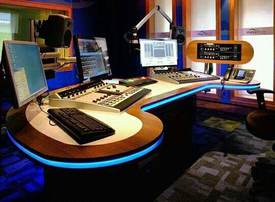Pin By Raul Caro On Visual Radio Recording Studio Home Podcast Studio Radio Station