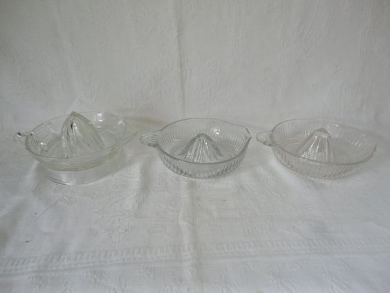 Clear Clear Ribbed Criss Cross Vintage Juicers by TammysFindings