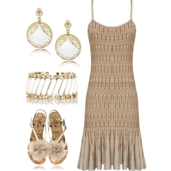 Great Gatsby at the Beach Ok I wouldn't wear this at the beach but it is stunning