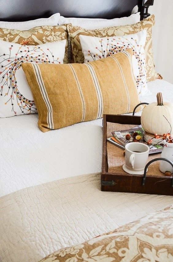 fall bedding and decor ideas #bedroom #bedding #fall #homedecor