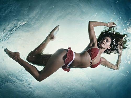 Beautiful Women Shown Underwater list
