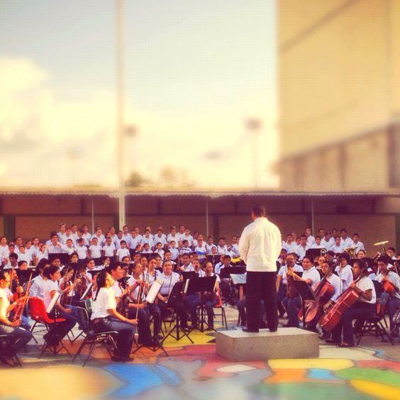 orquesta sinfónica Azteca