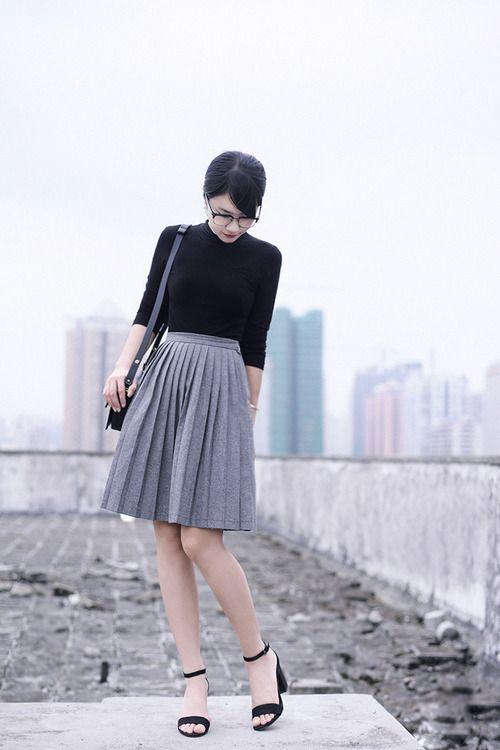 grey / black / simple