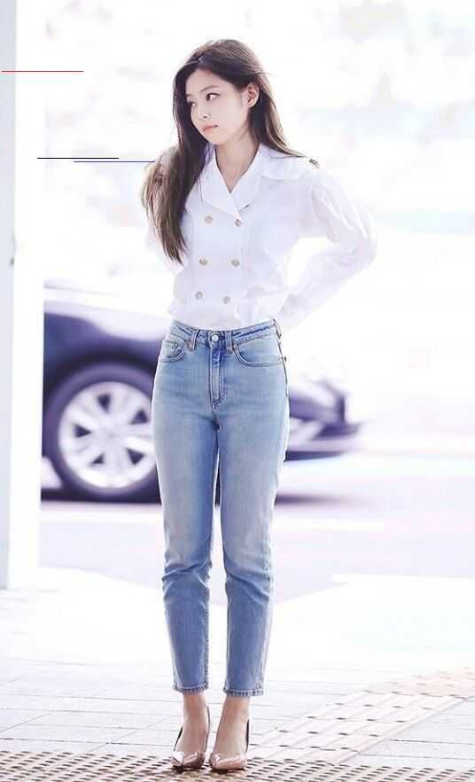 Blackpink Airport Fashion White Blouse Kpopfashion Find Blackpink Clothes For An Affordable Price Get Clothes Of Kpop Mode Modestil Koreanische Kunst