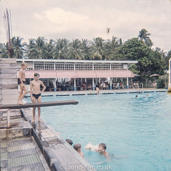 A View Of The Swimming Pool At The Raf Base In Singapore Taken During The Early 1960s Singapore Photos Visit Singapore History Of Singapore