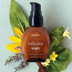 Want to restore your radiance and even the look of your skin tone over time? Try Tulasāra Bright Concentrate, which helps visibly reduce discoloration, evening the look of skin tone over time with Ayurvedic licorice root extract.