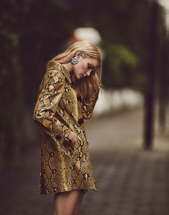 Jessica Stam's Sumptuous Mood Is Lensed By Emma Tempest For The Edit September 2, 2015 - 3 Sensual Fashion Editorials | Art Exhibits - Women's Fashion & Lifestyle News From Anne of Carversville