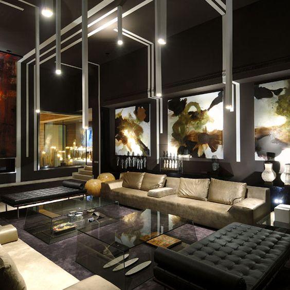 Sala espectacular en colores oscuros salas y comedores for Decoracion de living room