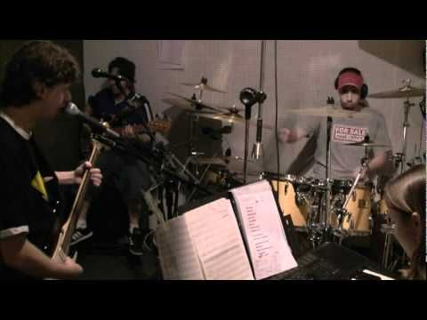 "In the studio with the band Pantala in 2008. First impressions for the new song ""Igual""."
