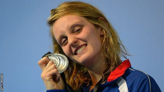 Fran Halsall claimed Great Britain's sixth medal at the World Short Course Swimming Championships with silver in the 50m freestyle in Istanbul.