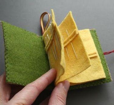 Livro Porta Agulhas em feltro    Veja e inspire-se com estes artesanatos  lindos livros  de feltro  porta agulhas