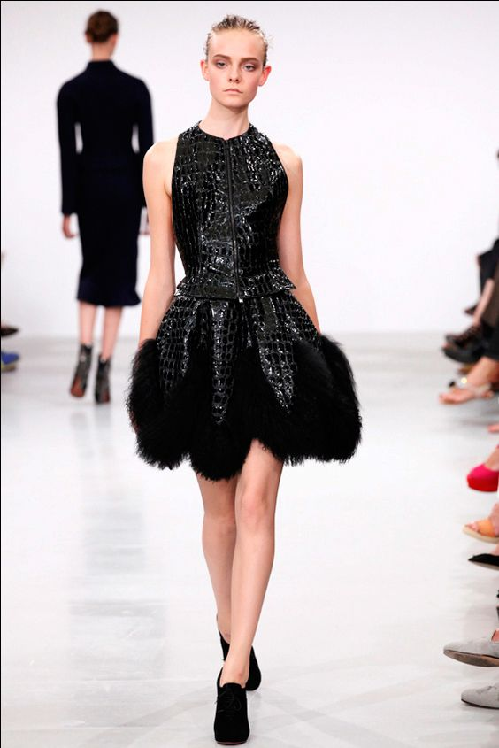 Azzedine Alaïa Fall 2011 Couture