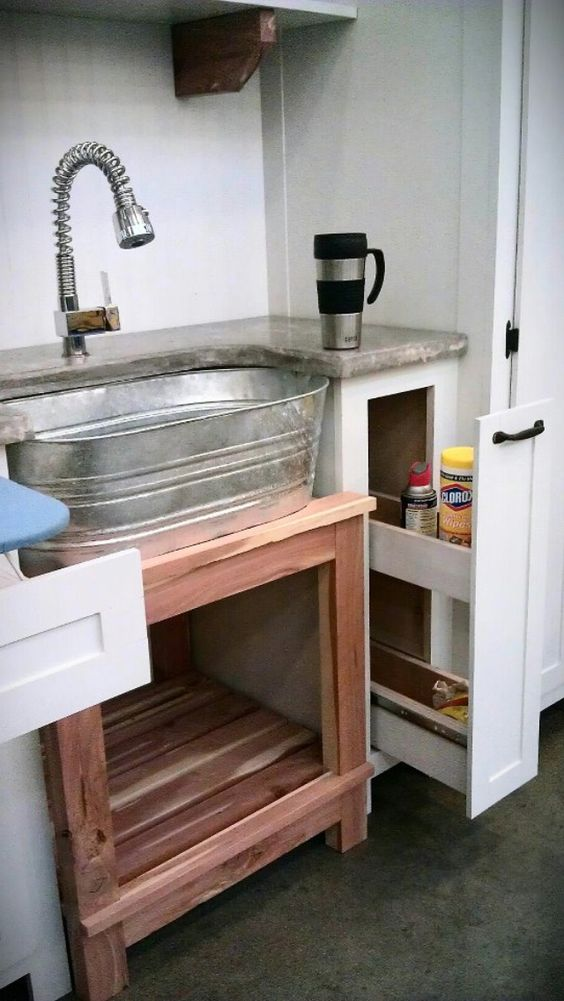 Look at that sink!!!  www.erwinspaces.com 423.599.0418