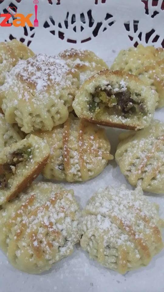 معمول بأحسن عجينة للمعمول وصفة لا تفوتكم سجلوها فورا زاكي Ramadan Desserts Cooking Cream Indian Food Recipes Vegetarian