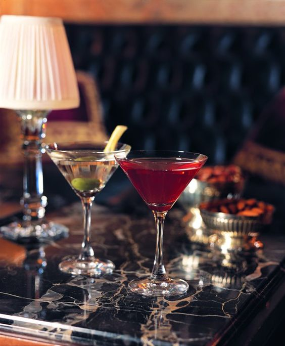 <3: Fashion Styles, Drinks Well, Banquettes Martinis, Cheers Salude, Fabulous Drinks, Bar Drinks