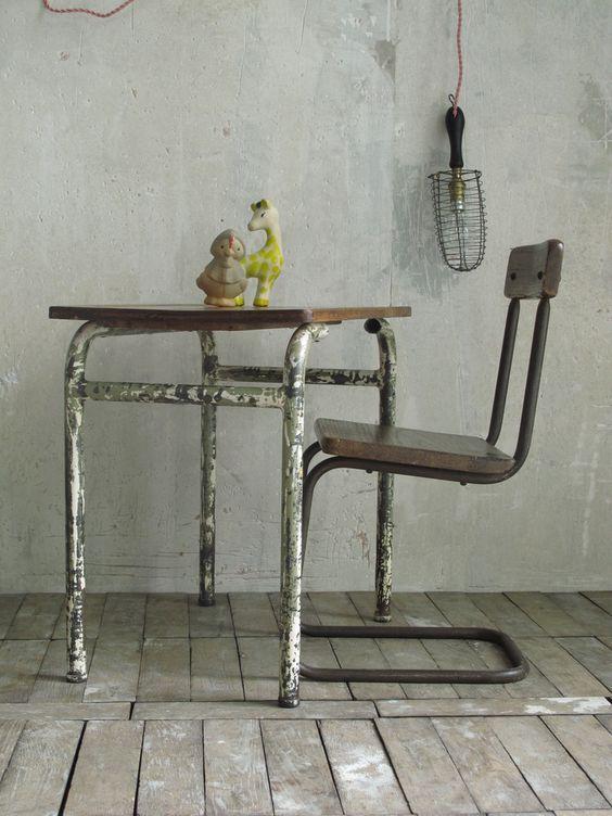 Table de bureau bois et métal / wood and metal kids desk  LES PETITS BOHEMES