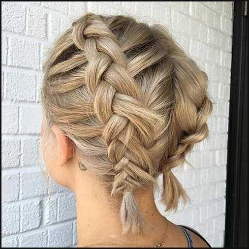 Die Besten 25 Frisur Zopf Oben Ideen Auf Pinterest Frisur Dutt Einfache Frisuren Hair Styles French Braid Short Hair Short Hair Styles