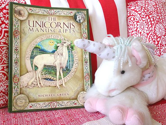 Livro The Unicornis Manuscripts: http://www.anjosnet.com.br/livro-unicornis-manuscripts/ #unicons #unicornios #books #livros