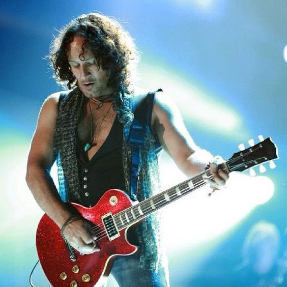 Vivian Campbell of Def Leppard Photo by defleppardofficial • Instagram