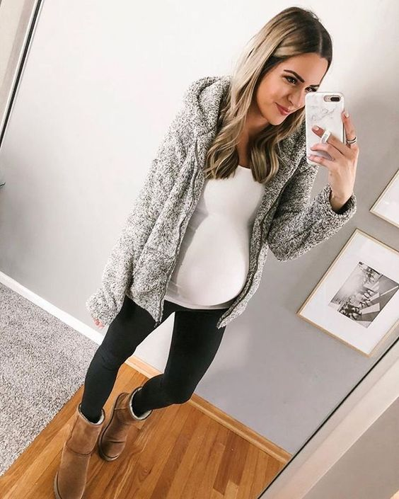30 Lovely Fall Maternity Outfits Ideas