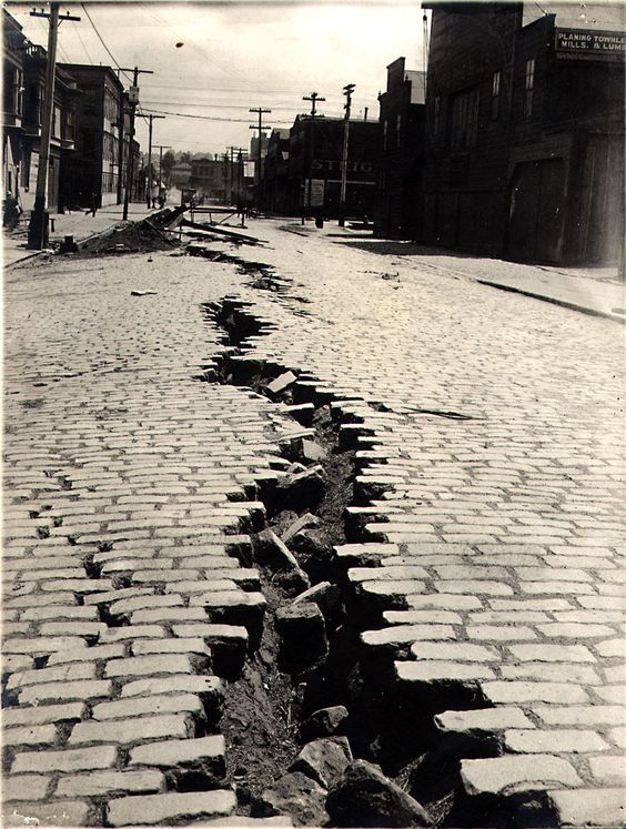http://back-then.tumblr.com/post/136735374341/folsom-street-san-francisco-after-the-great