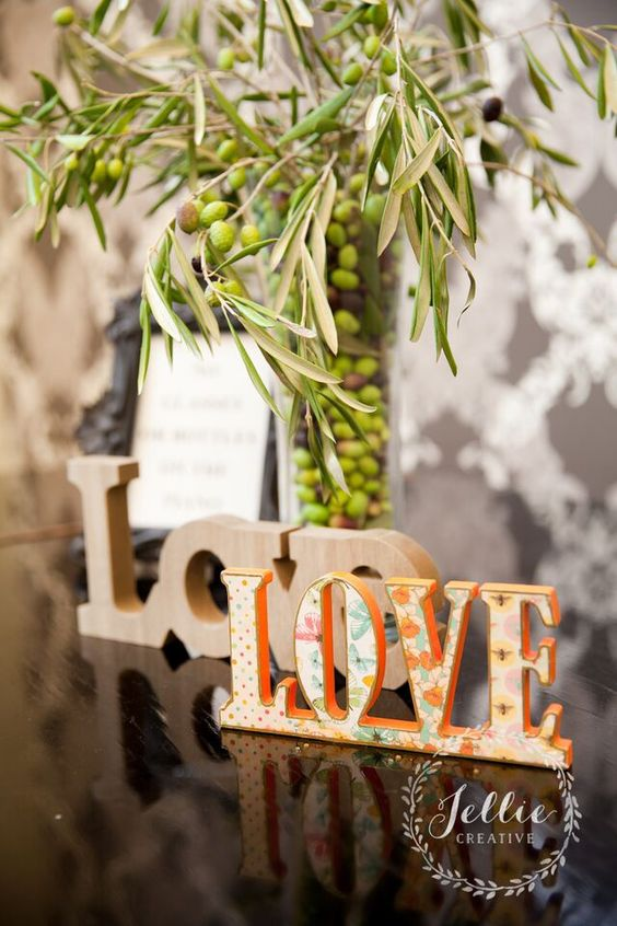 olives! Love signs
