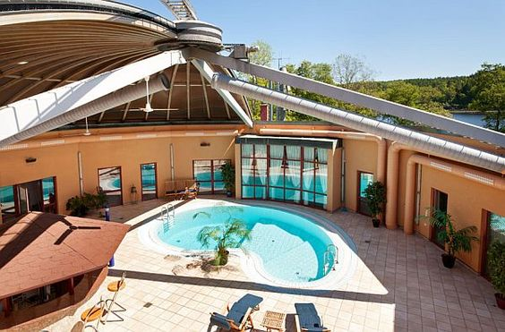 Retractable roof home indoor pools pinterest for Indoor pool with retractable roof