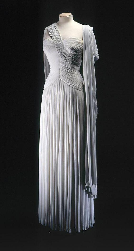 Madame Gres; robes drapées inspiration grece antique