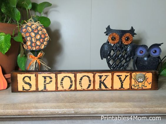 Spooky Halloween Mod Podge Sign  FREE Printable Craft! Great, cheap gift or Super Saturday project!