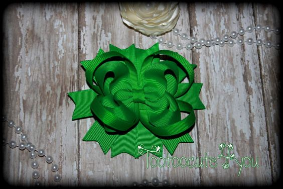 Green Hair Bow   4 inch  Boutique Hair Bow  by tootoocute4you