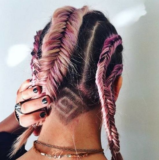 Coupe undercut tatoo and coiffures on pinterest for Coupe de cheveux tribal etoile